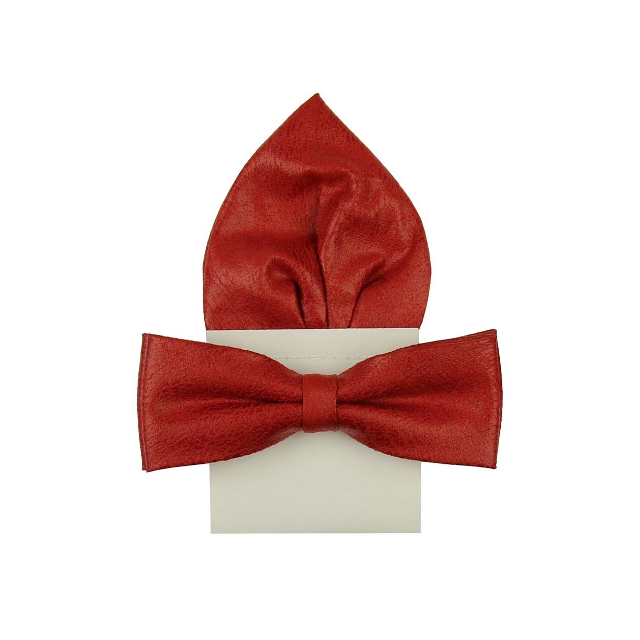 Červený kožený pánský motýlek s kapesníčkem