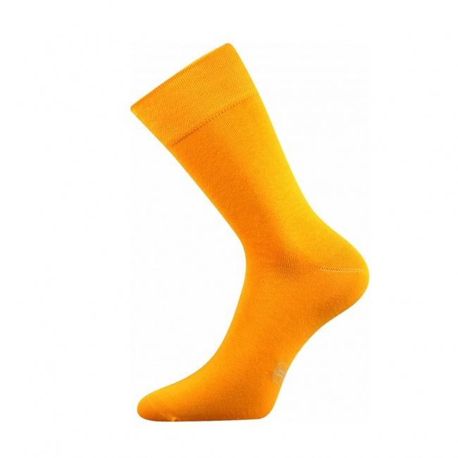 Světle oranžové pánské ponožky Decolor