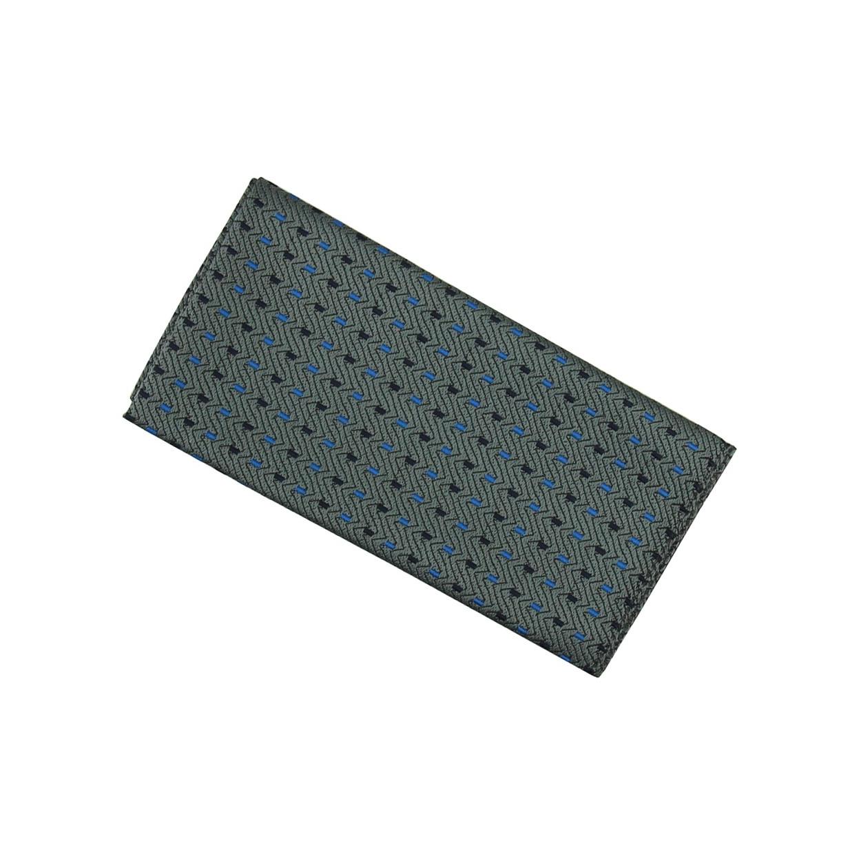 Tmavě šedý pánský kapesníček do saka s šedo modrými proužky