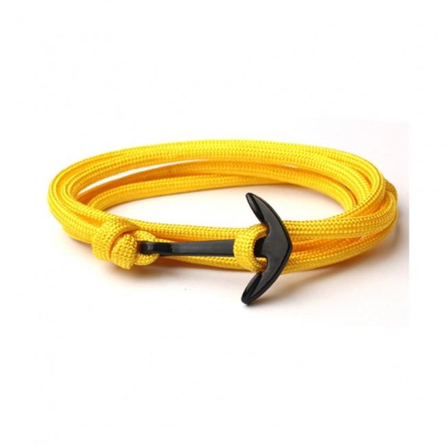 Žlutý náramek s černou kotvou
