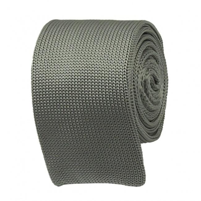 Světle šedá pletená kravata