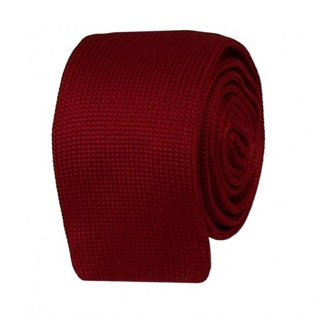 Tmavě červená pletená kravata